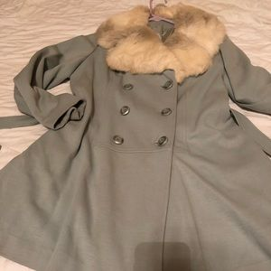 Jackets & Blazers - Vintage light blue coat with faux fur. Size 10-12